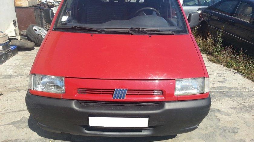 Dezmembrez Fiat Scudo din 1996 motor 1 9 d