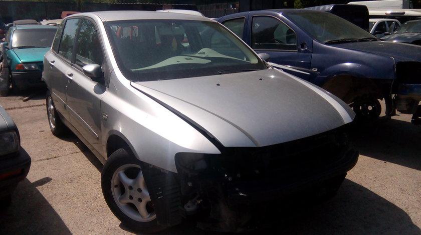 Dezmembrez Fiat Stilo 1.9 jtd  2002