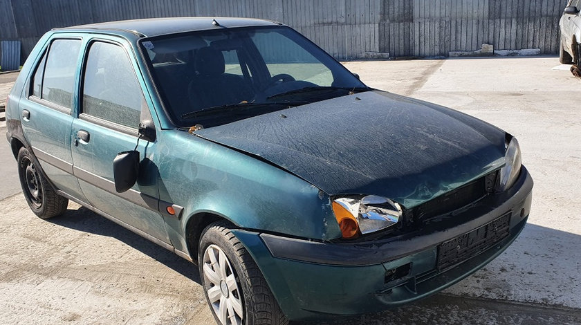 Dezmembrez Ford Fiesta 4 2001 hatchback 1.8 di RTN