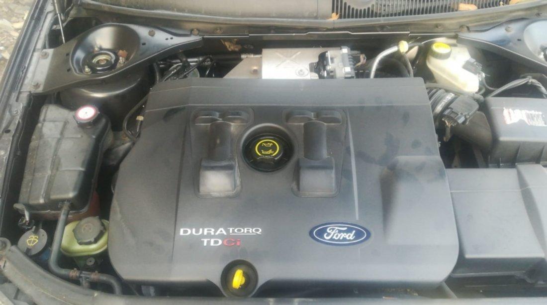Dezmembrez Ford Mondeo combi 2005