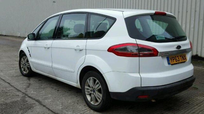 Dezmembrez Ford S-max 2.0tdci