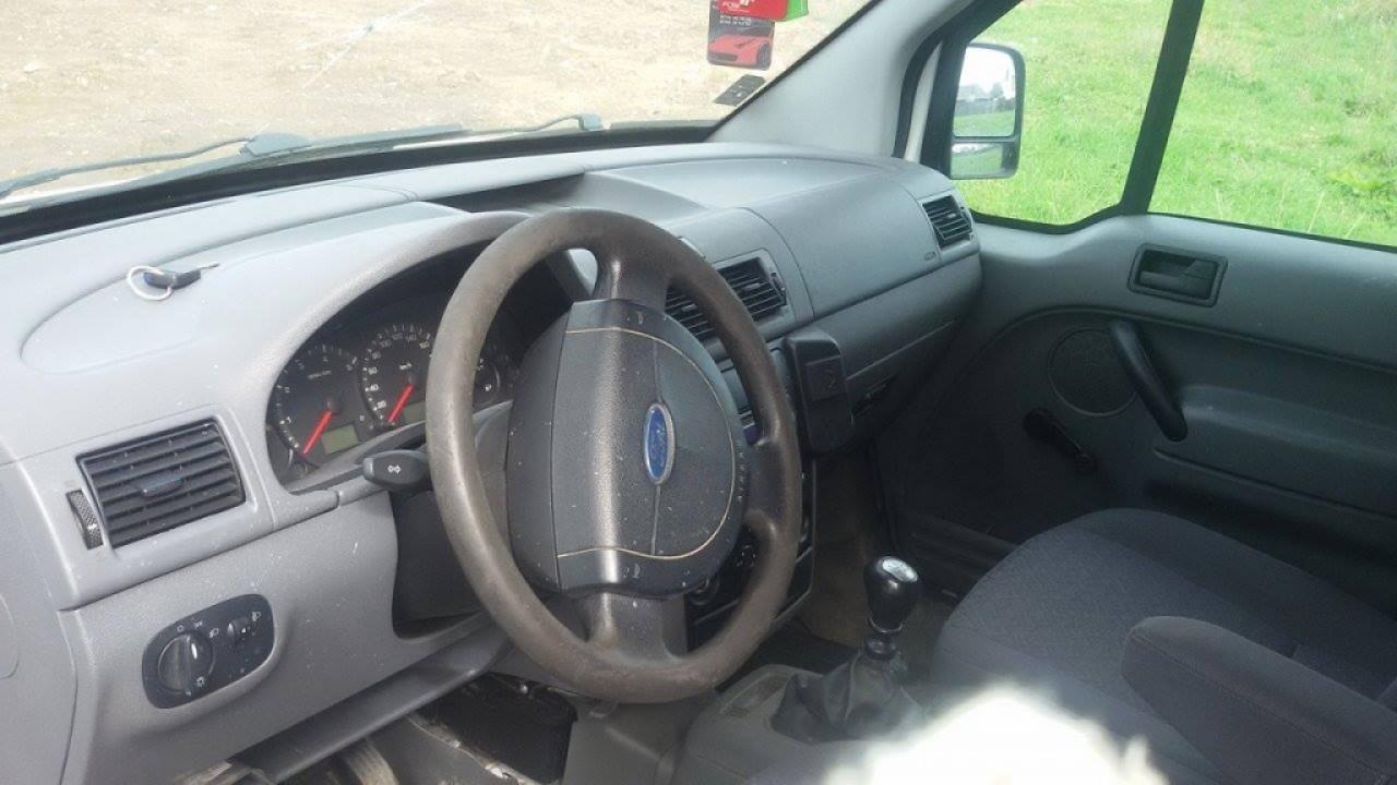 Dezmembrez ford tourneo connect 1.8 tddi hcpa hcpb 90 de cai