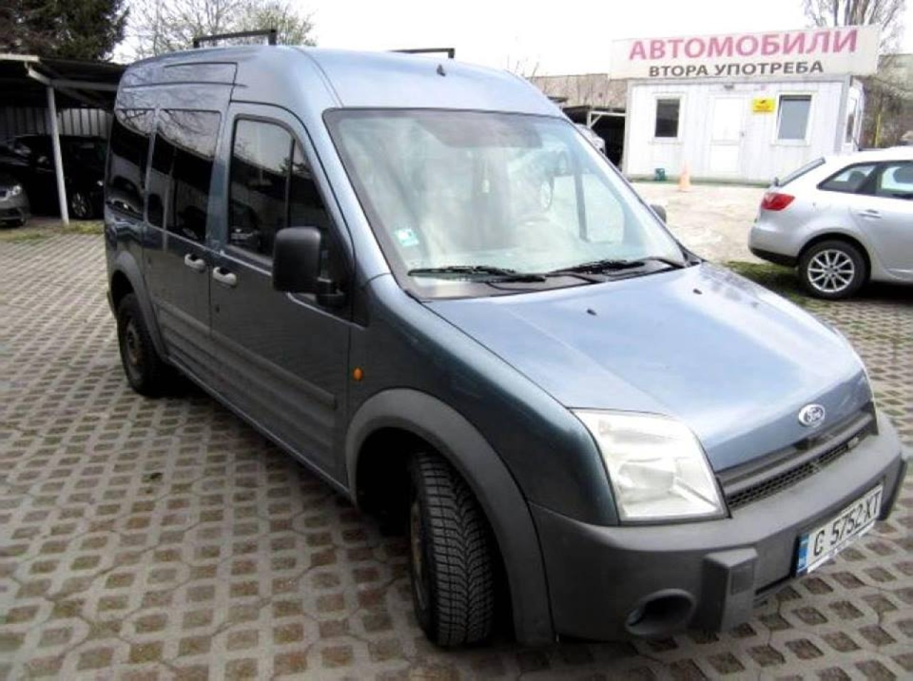 Dezmembrez Ford Transit Connect 1.8 tdi an 2004