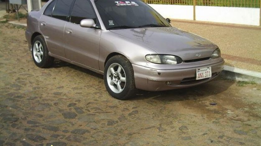 Dezmembrez Hyundai Accent GLS