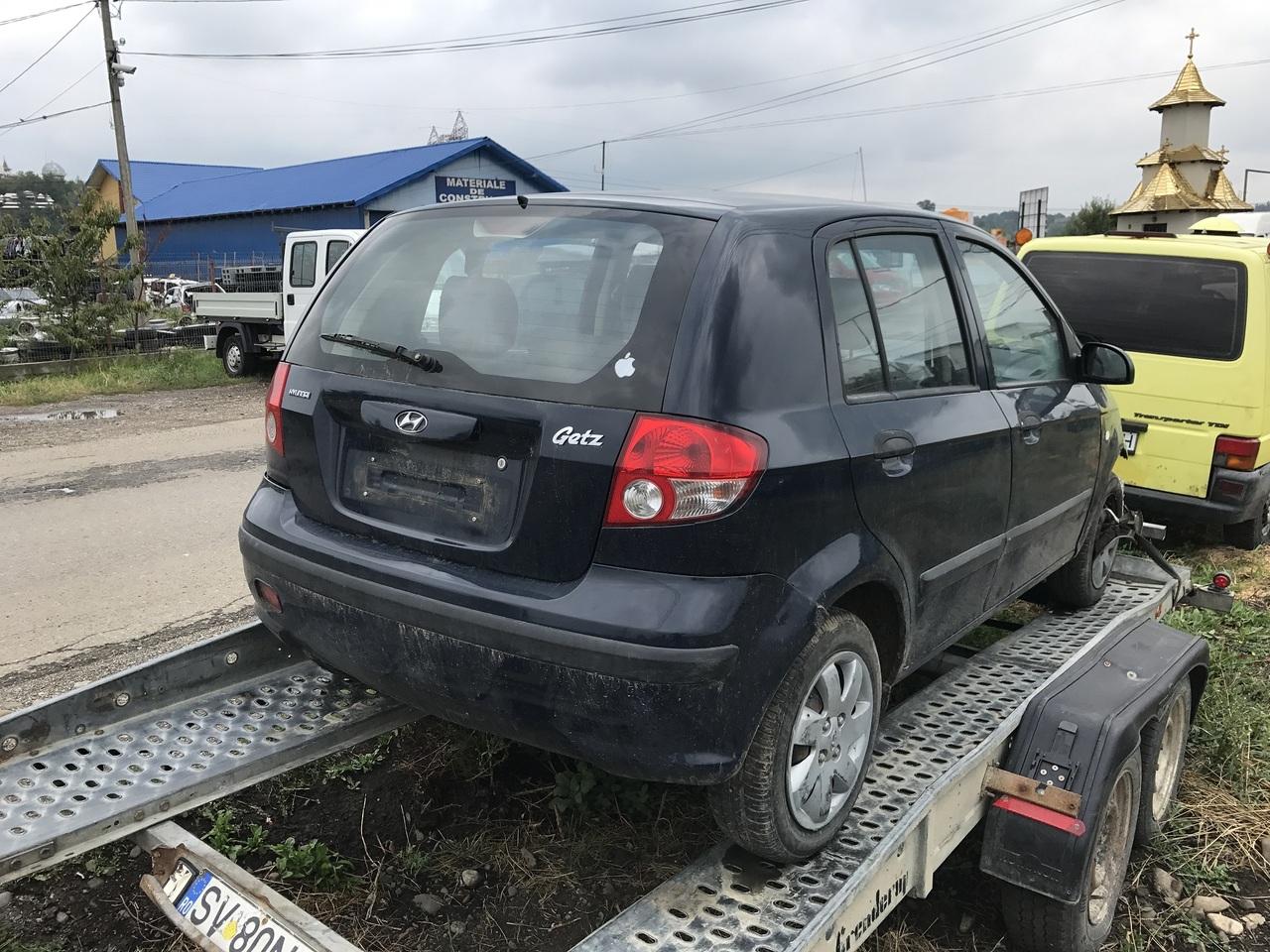 Dezmembrez Hyundai Getz 1,1i 2004