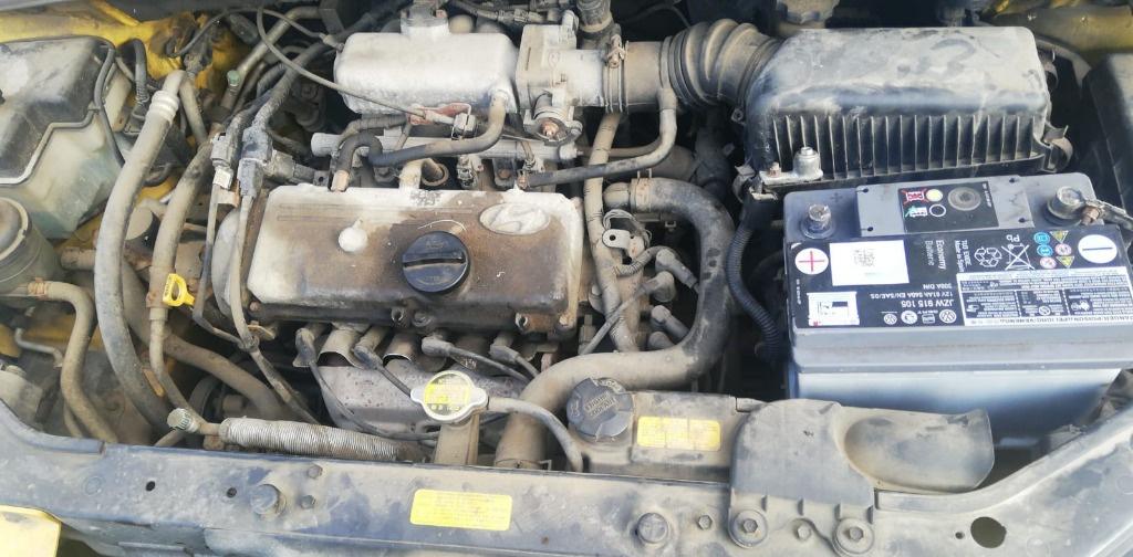 Dezmembrez Hyundai Getz an fab 2003 motor 1.1 Benzina G4HD