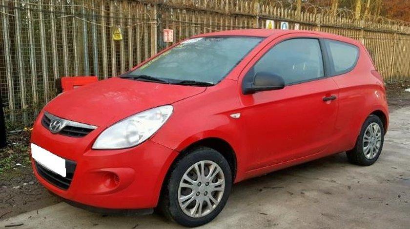 Dezmembrez Hyundai I20 an fabr. 2010, 1.2i