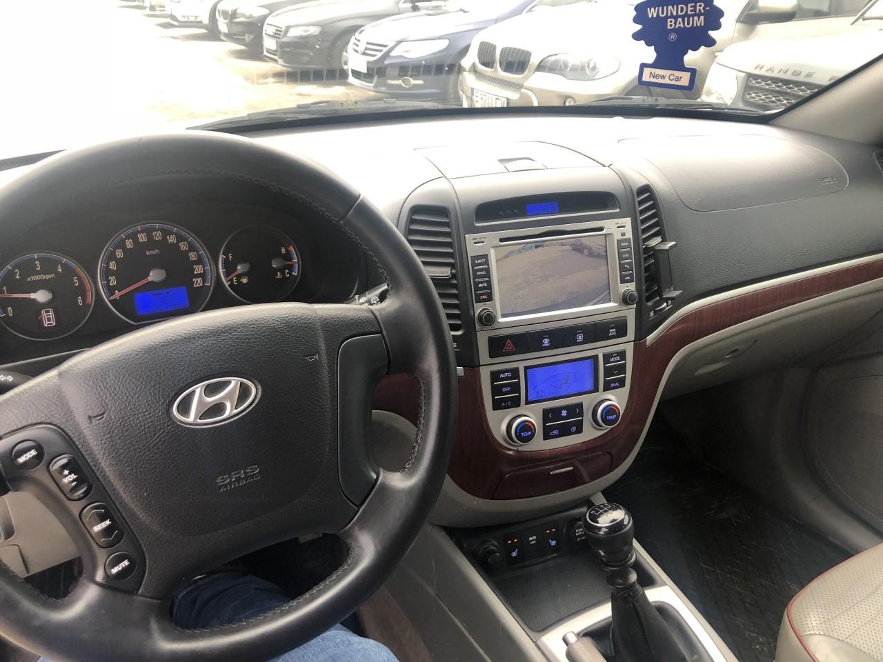Dezmembrez Hyundai Santa Fe 2,2 crdi 2007