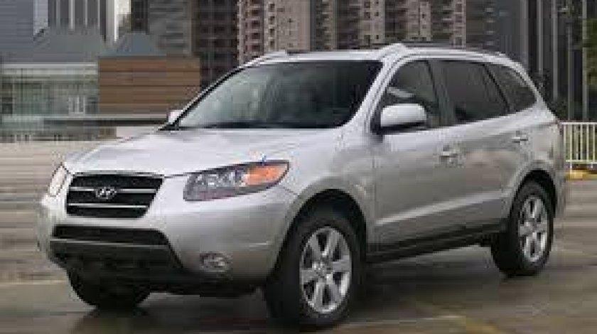 Dezmembrez Hyundai Santa Fee 2.2 diesel an 2007