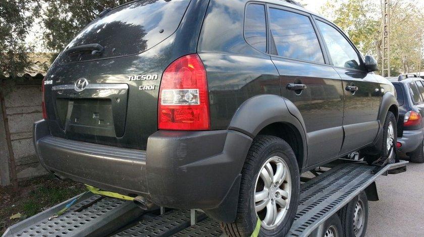 Dezmembrez Hyundai Tucson, an fabr. 2006, 2.0 CRDi  , 4X4