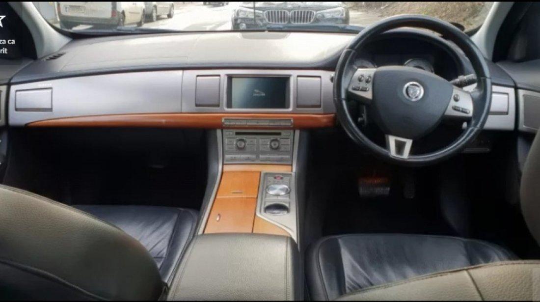 Dezmembrez Jaguar XF 2008 berlina 2.7tdv6