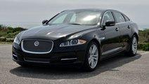 Dezmembrez Jaguar XJL motor 3.0 diesel.