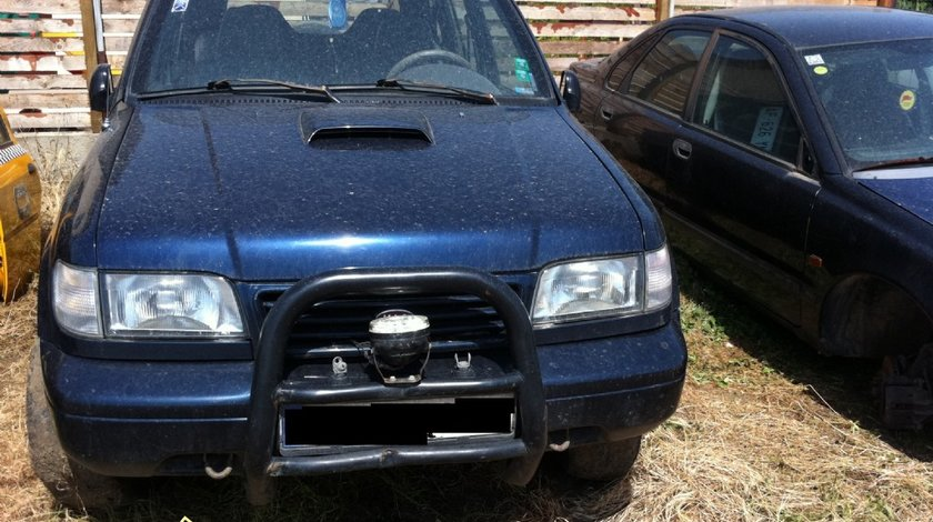 Dezmembrez Kia Sportage 2 0cmc diesel 1997 4X4 A C