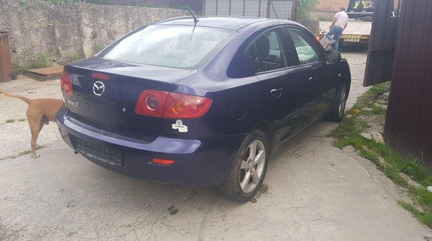 Dezmembrez Mazda 3 an 2004 motor de 1.6 i automat