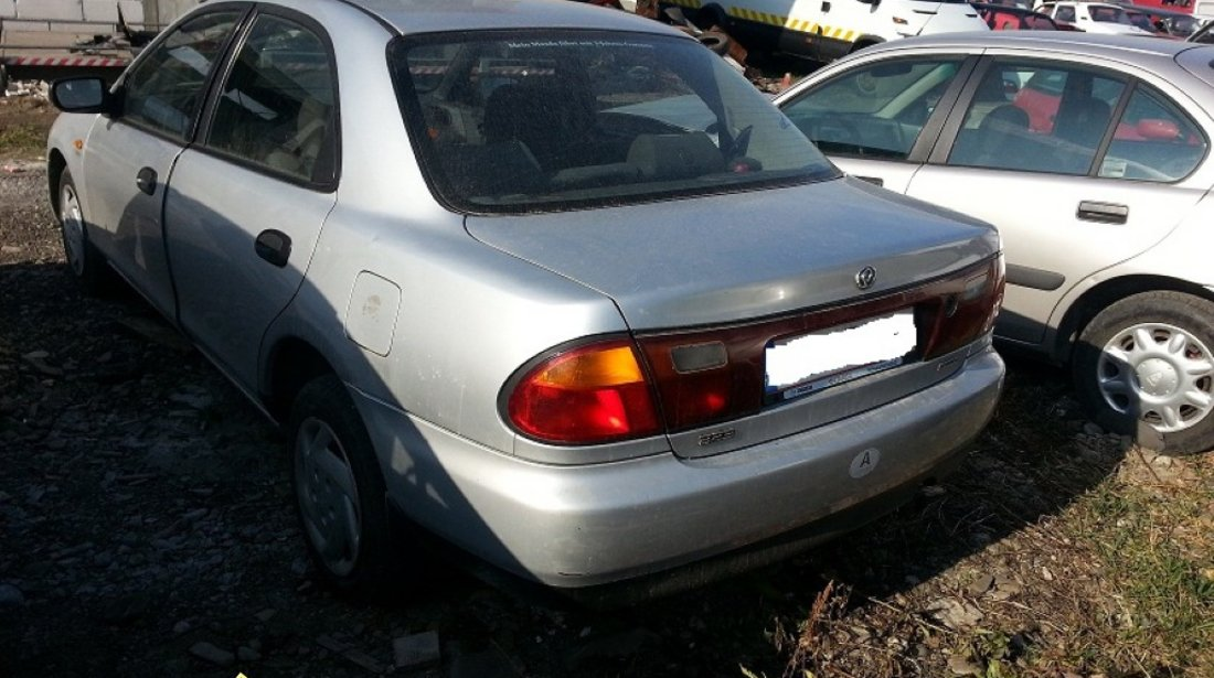 Dezmembrez Mazda 323 d