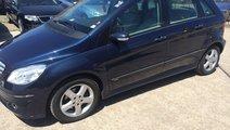 Dezmembrez Mercedes B 200 cdi W245 2008 cutie auto...