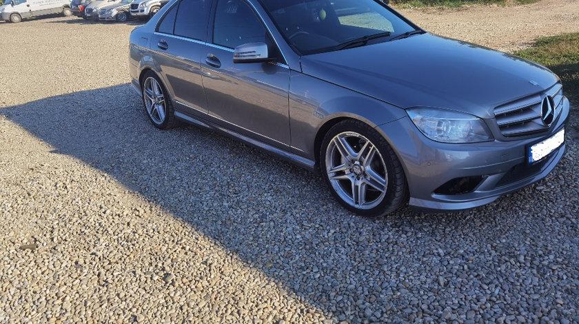 Dezmembrez Mercedes Benz 2.2 CDI W204 C250 CDI