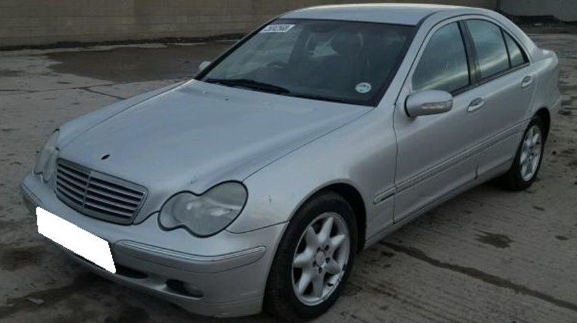 Dezmembrez Mercedes Benz C Class W203 2.7CDi, an fabr. 2002