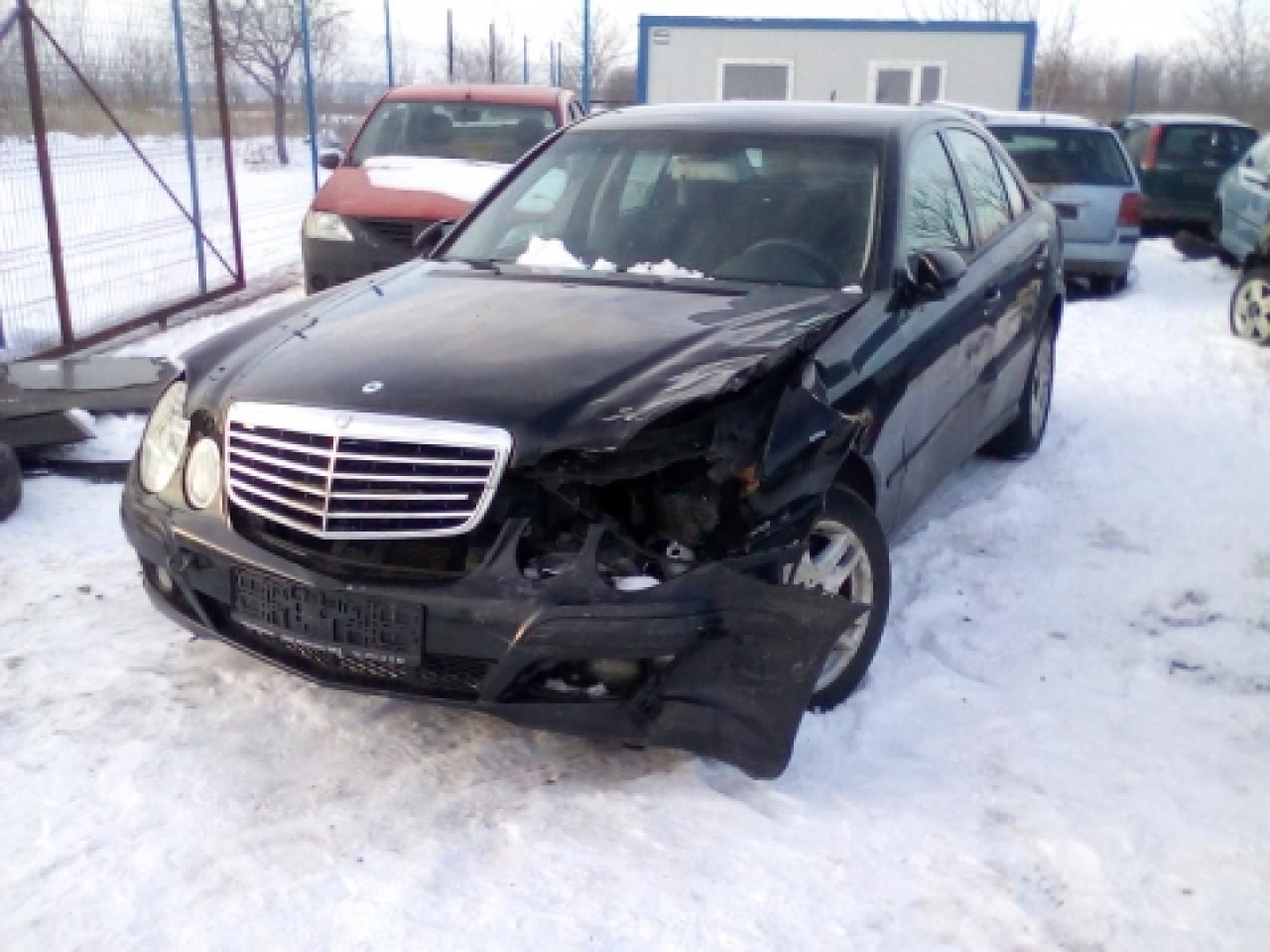 Dezmembrez Mercedes-Benz E-Class W211, an 2007, motorizare E 220 CDI