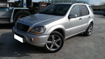 Dezmembrez Mercedes Benz ML  W163 270 CDI, 2003, 4...