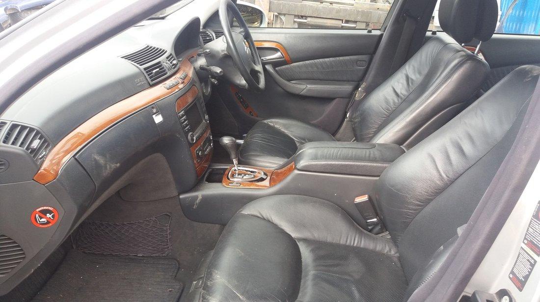 Dezmembrez Mercedes Benz  S 320CDI W220, an fabr. 2002
