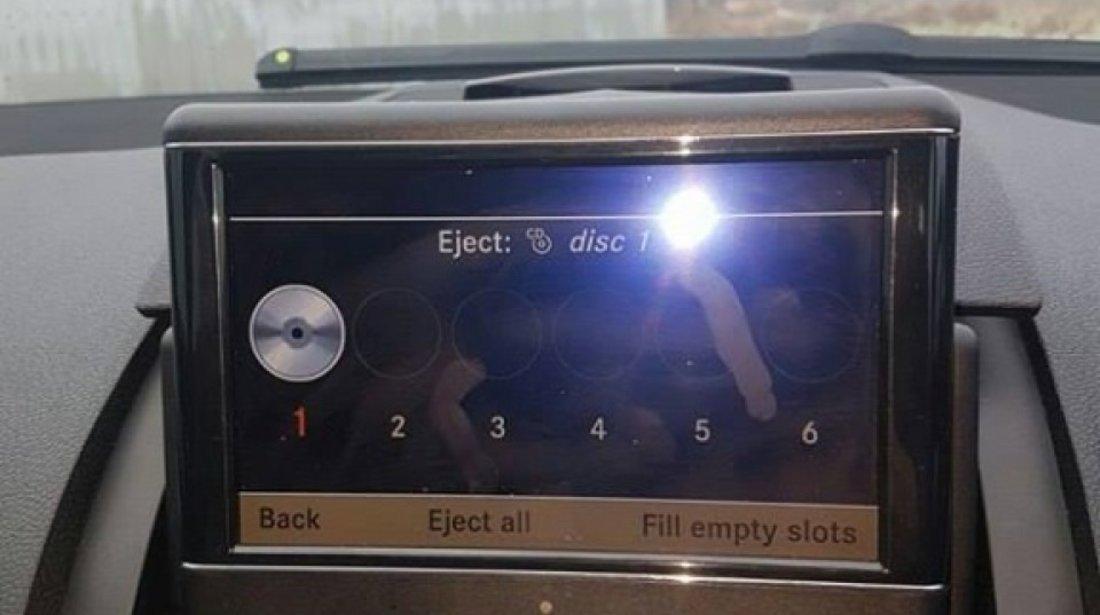 Dezmembrez mercedes benz w204 c220 cdi din 2008