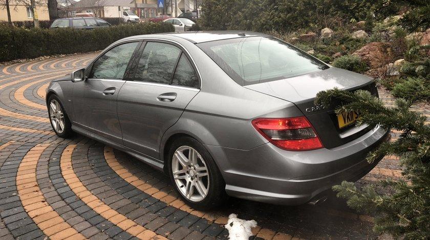 Dezmembrez Mercedes C Class 2.2CDI W204 an 2011 euro5