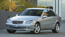 Dezmembrez Mercedes C Class (2006) - 2.2 CDI