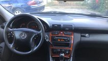 Dezmembrez Mercedes C-Class,w203,automatic,2.2 CDI...