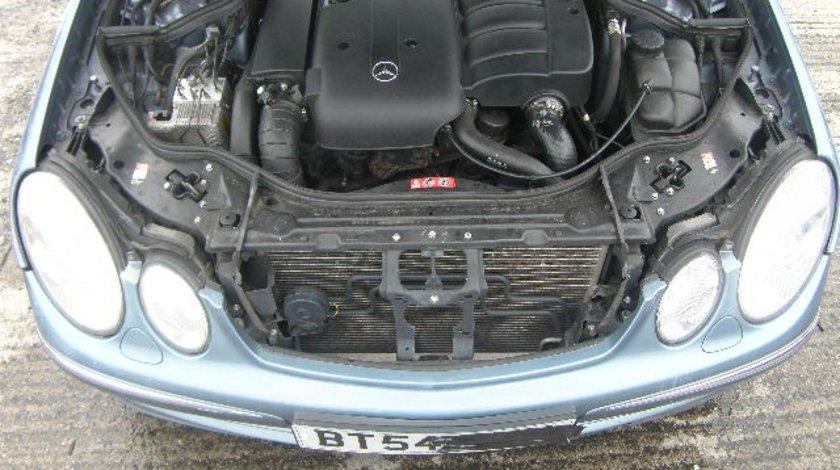 Dezmembrez Mercedes Clasa E (W211), 2.7cdi