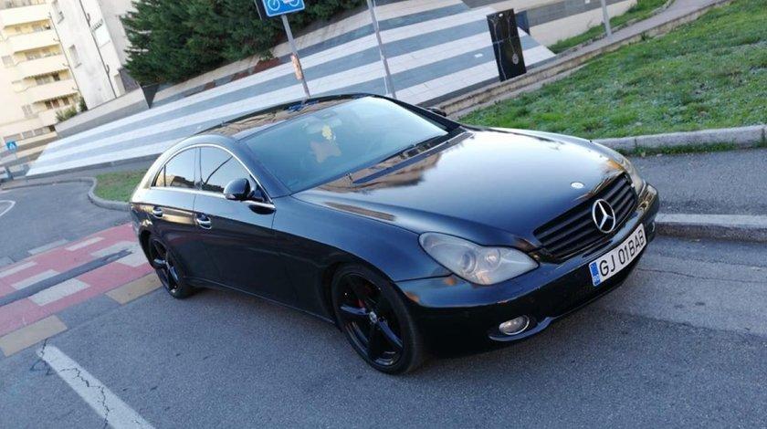 Dezmembrez Mercedes Cls 320 cdi W219 an 2006