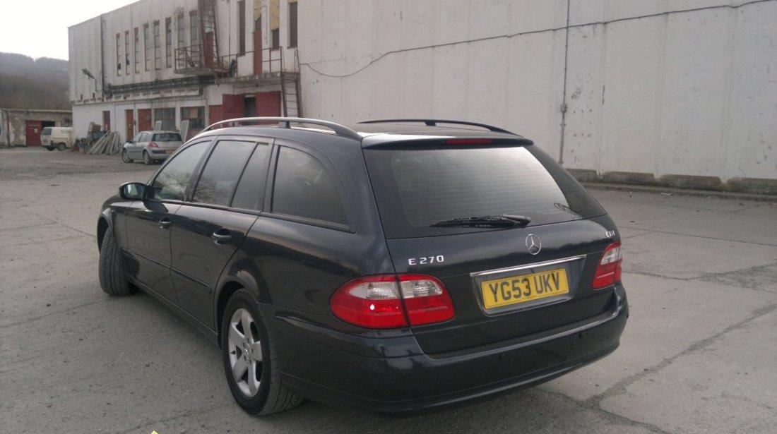 Dezmembrez Mercedes E 270 cdi an 2004