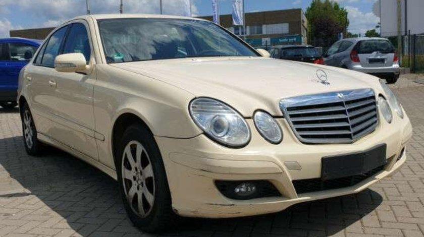 Dezmembrez Mercedes E-Class W211 2008 Berlina 2.2 CDI