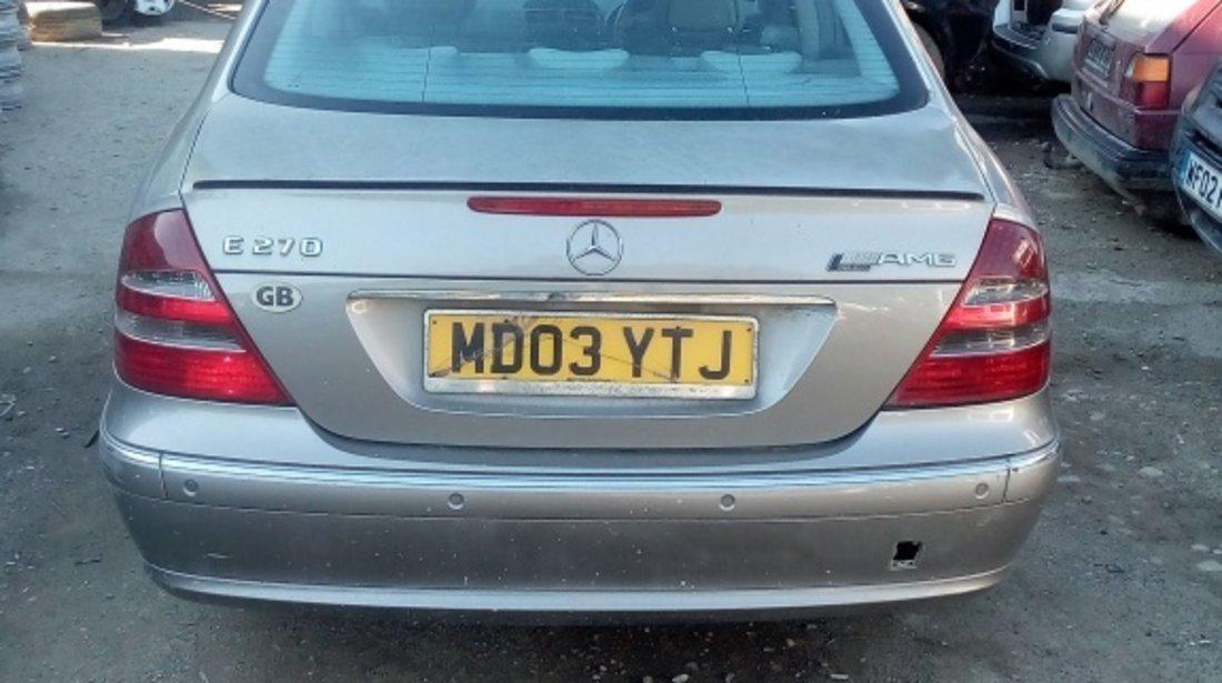 Dezmembrez Mercedes E Klass 2,7 CDI 2003