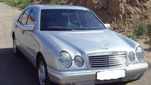 Dezmembrez Mercedes E300 W210 1998 177cp 3.0D Auto...