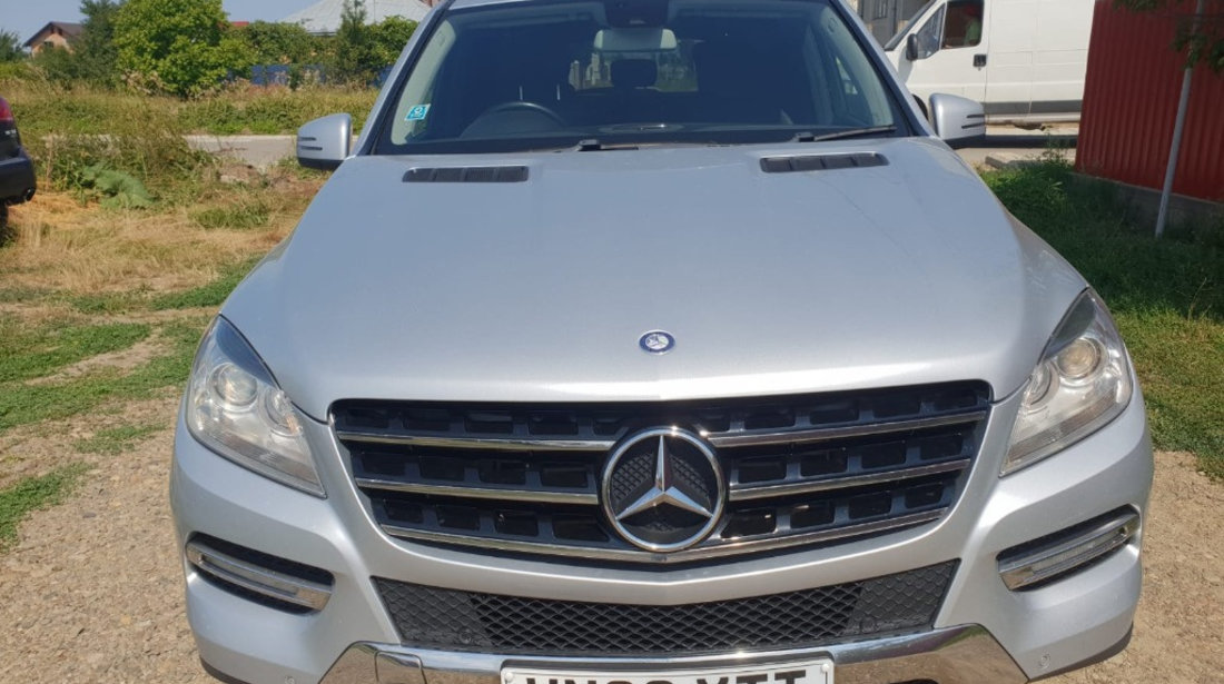 Dezmembrez Mercedes M-Class W166 2013 150kw 204cp ml250 2.2cdi
