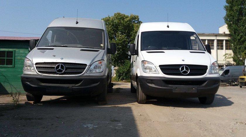 Dezmembrez Mercedes SPRINTER 2008 Autoutilitara 2.2