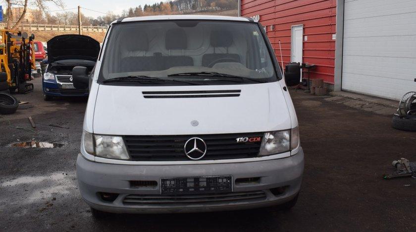 Dezmembrez Mercedes Vito 110 CDI 2.2 D 90KW 638 1999 547