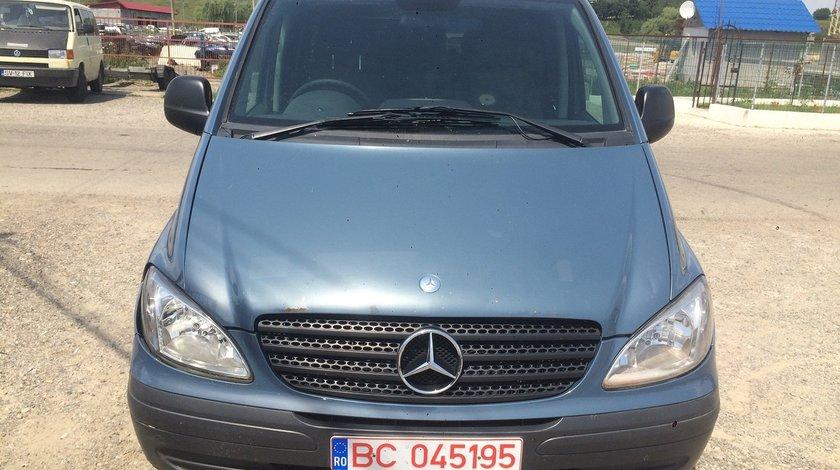 Dezmembrez Mercedes vito 111 cdi 2005