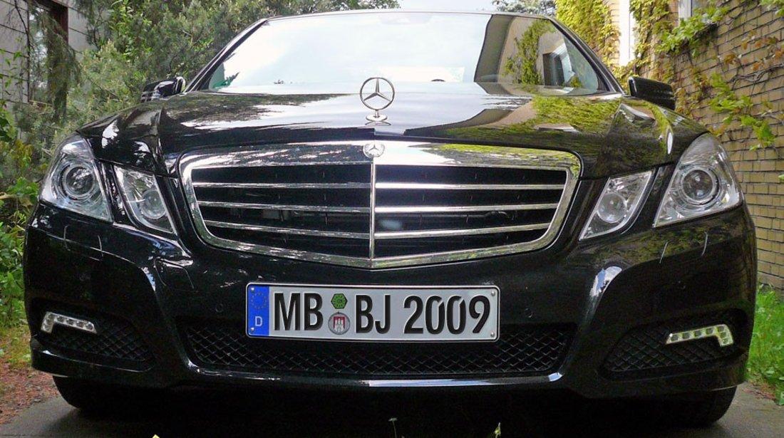 Dezmembrez mercedes W 212 E motor 2143CDI euro 5 170cp