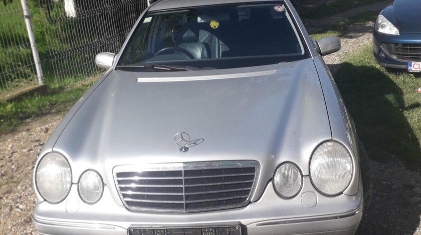 Dezmembrez Mercedes W210 facelift Avangarde E220cdi E320CDI 1999.2000.2001.2002