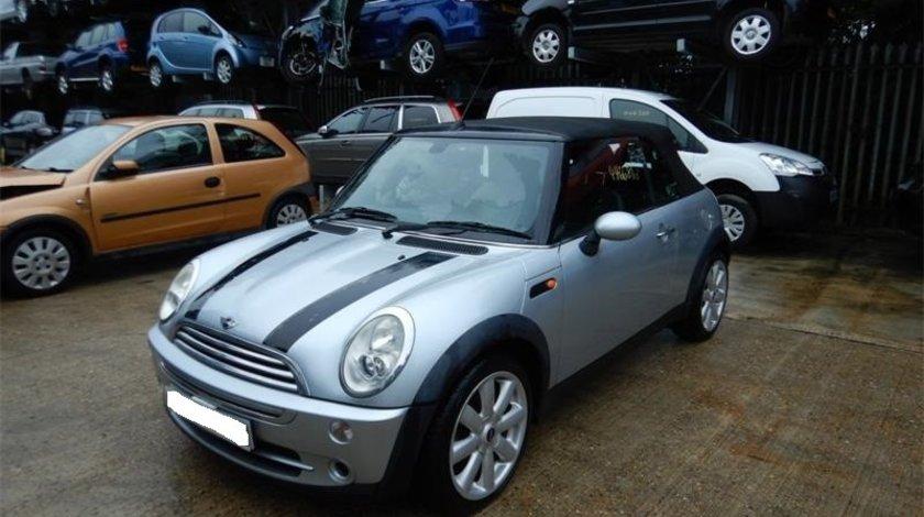 Dezmembrez Mini Cooper 2005 cabrio 1.6