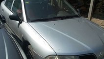 Dezmembrez Mitsubishi Carisma 1,6 Benzina G/4G92 A...