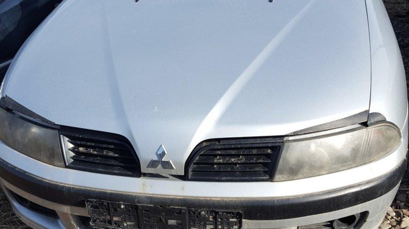 Dezmembrez Mitsubishi Carisma 1,9 di-d 2000