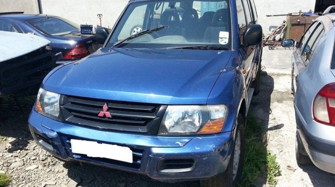 Dezmembrez Mitsubishi Pajero 3 2 DID