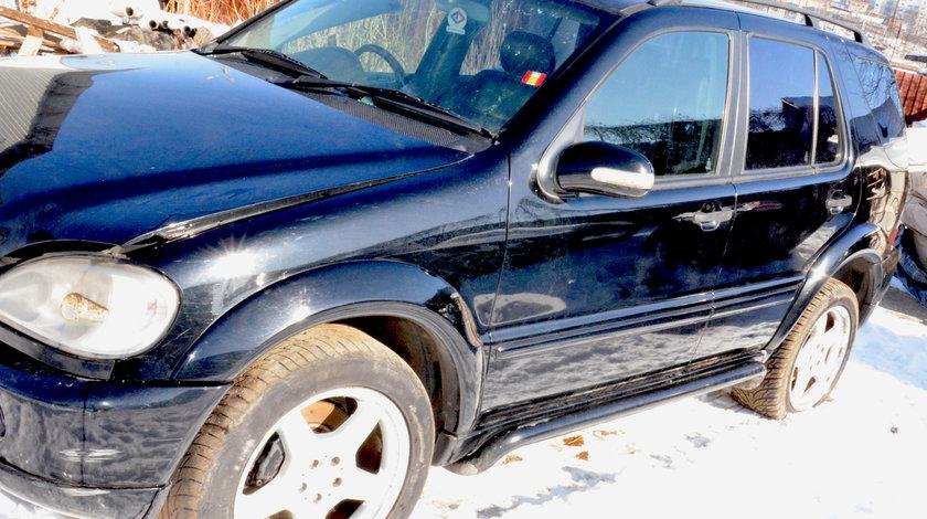 Dezmembrez Ml270 CDI AMG 2002 2003 2.7 163cp automat piele neagra volan dreapta Anglia