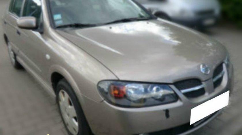 Dezmembrez Nissan Almera N16 Facelift 1 5i tip motor QG15DE Hatchback an 2005