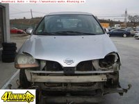 Dezmembrez Nissan Almera Tino 2 2d 114cp An 2002