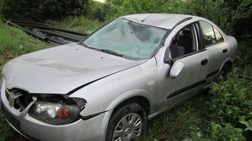 Dezmembrez Nissan Almera