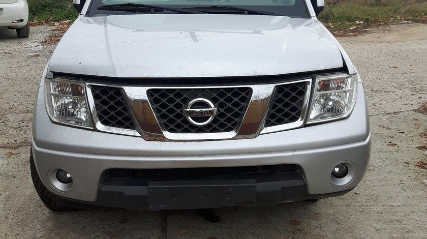 Dezmembrez Nissan Navara YD25 2500diesel 2009